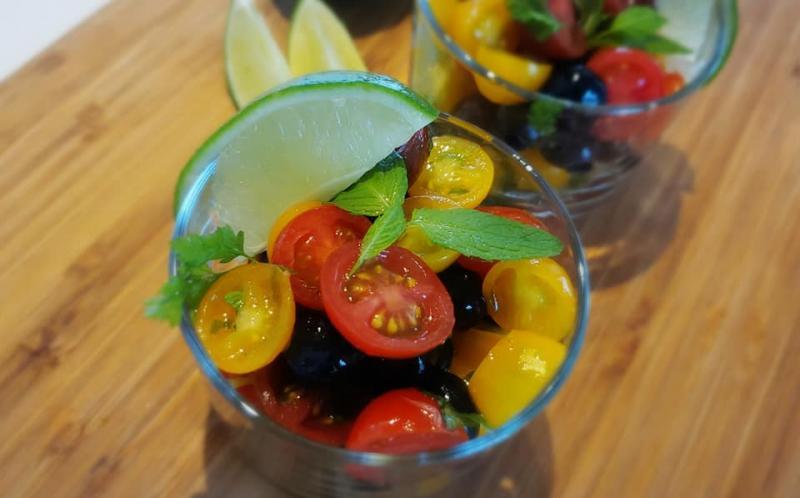 トマトとブルーベリーのカラフルサラダ~geefeeレシピ~