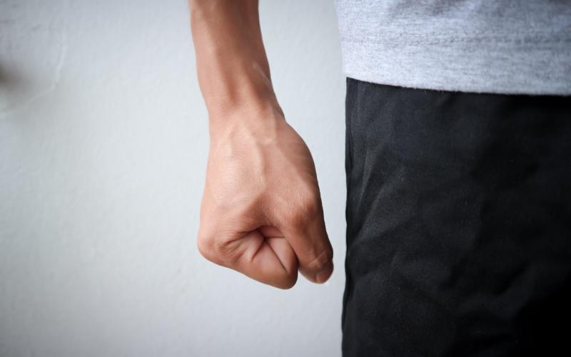 怒りをどうしても抑えられない人へ。意識的に実践したいアンガーマネージメント法。