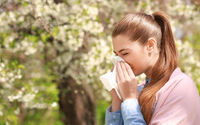 花粉症や慢性アレルギーの緩和は足し算ではなく引き算。積極的に避けたい6つの食事の種類。