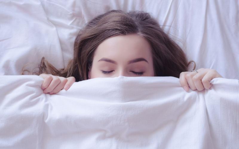 神経伝達物質「GABA」の産生を促進?ケトジェニックダイエットと睡眠や精神疾患の関連性。