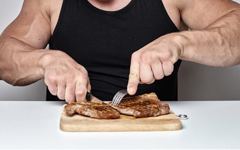 「うそでしょ?!」と思ってしまう過激な肉食ダイエットがアメリカで話題になっている理由
