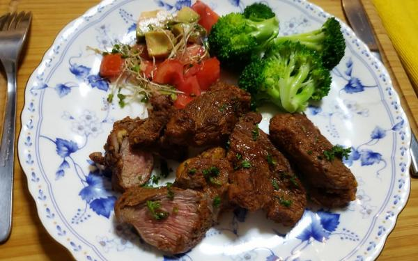 ラム肉のスパイス焼き