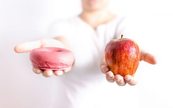 果糖が糖類の中でも特に健康に悪いと言われる理由。