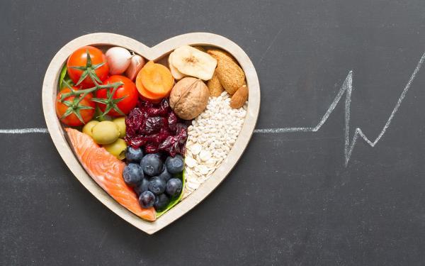 実は食事のコレステロール量を制限する必要はない、って本当?コレステロールの新常識