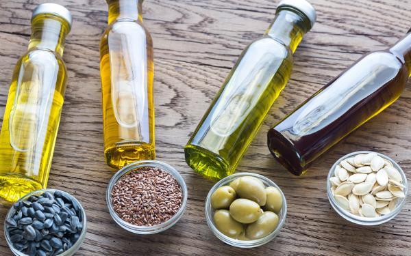 おさらいしよう。ほとんどの植物油が健康的ではない理由。