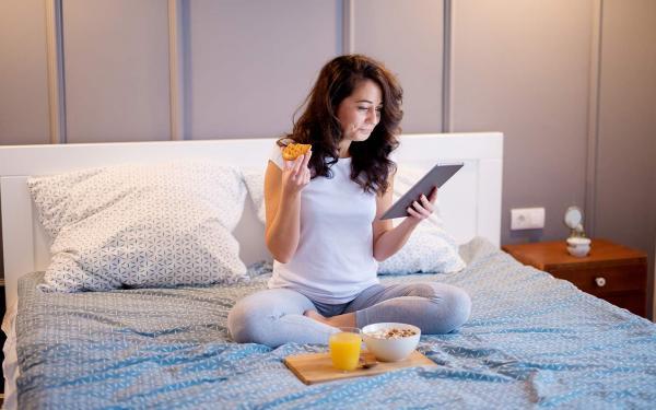 食後から就寝までの「3時間ルール」を徹底するべき理由