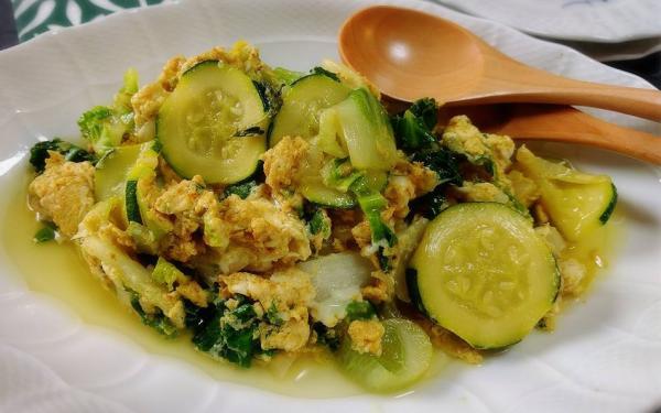 野菜の白身卵とじ カレー風味