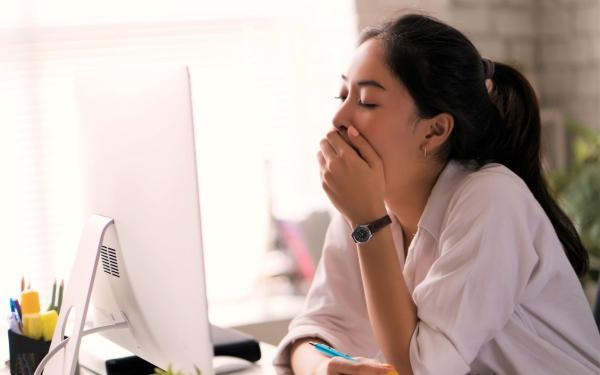 睡眠不足は肥満の元!良い睡眠が減量に不可欠な6つの理由